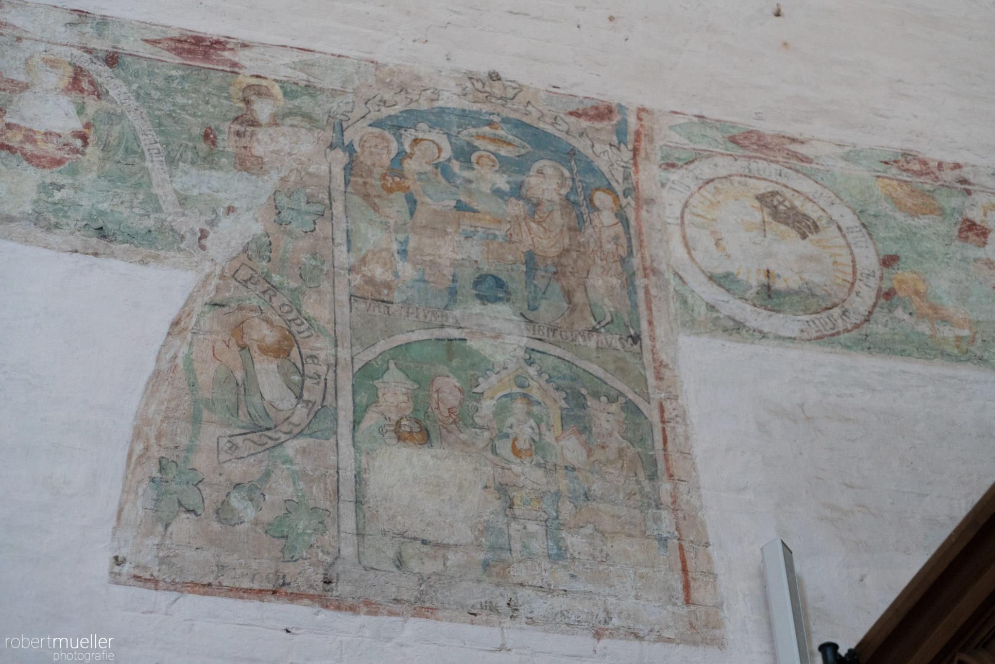 Wandmalerei in der Klosterkirche Rhena