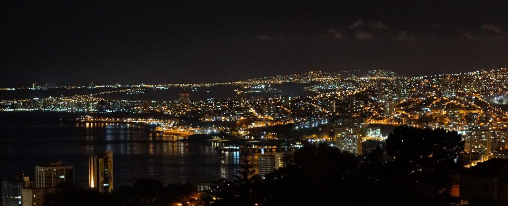 Valparaiso bei Nacht