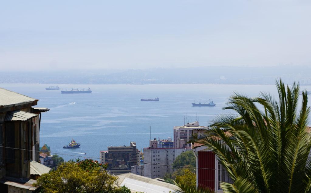 Blick auf den Hafen von Valparaíso Chile